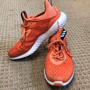 Adidas Alphabounce Women's sz 7.5 Running Shoes